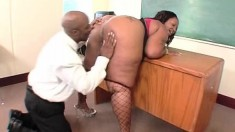 Fat ebony teacher has sexual desires and needs that require attention