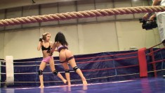 Sexy Candy Love and inexperienced Destiny are naked wrestlers