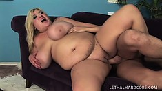 The chunky blonde Kacey gets spoon fucked hard and welcomes his cum on her boobs