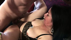 She finishes sucking and he plants his big rod in her hairy garage
