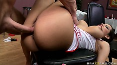 He visits the Oriental restaurant and leave his creamy cum as a tip