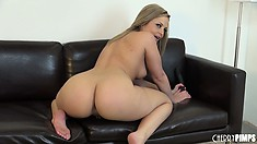 Alexis Texas puts on one hot solo show as she toys and vibes her vagina