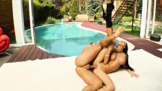 Buxom Regina spreads her legs to fully enjoy the pussy banging action